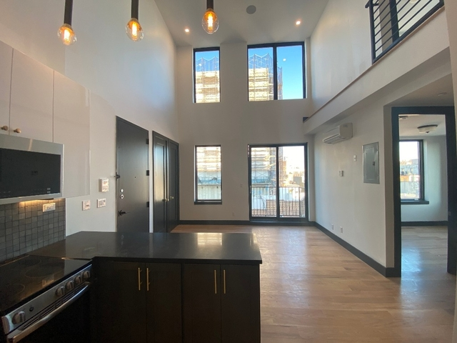 3 Bedrooms, South Slope Rental in NYC for $4,025 - Photo 2