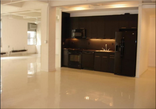 Loft, Financial District Rental in NYC for $5,395 - Photo 2