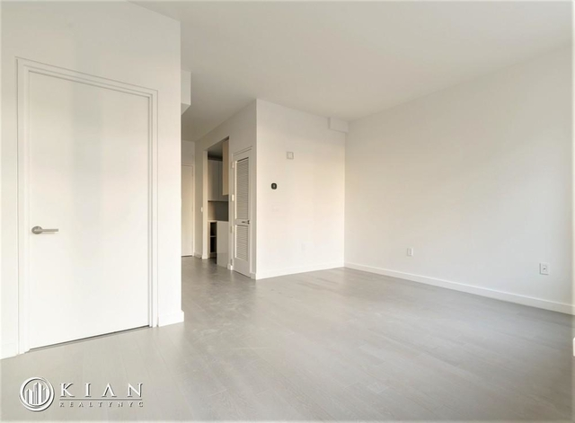 Studio, Lincoln Square Rental in NYC for $3,165 - Photo 2