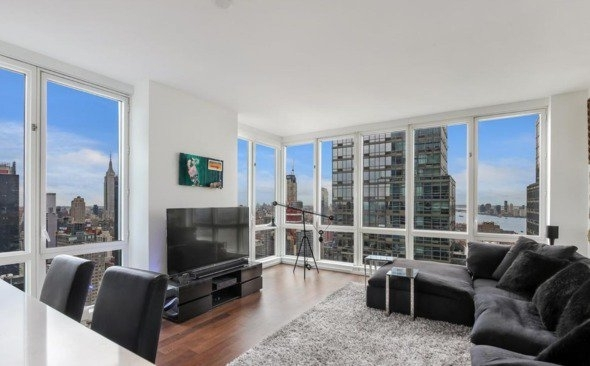 2 Bedrooms, Hell's Kitchen Rental in NYC for $6,342 - Photo 2