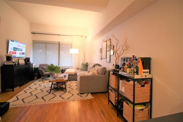 1 Bedroom, West Village Rental in NYC for $4,020 - Photo 2