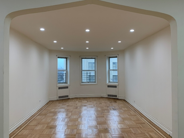2 Bedrooms, Gravesend Rental in NYC for $2,450 - Photo 1