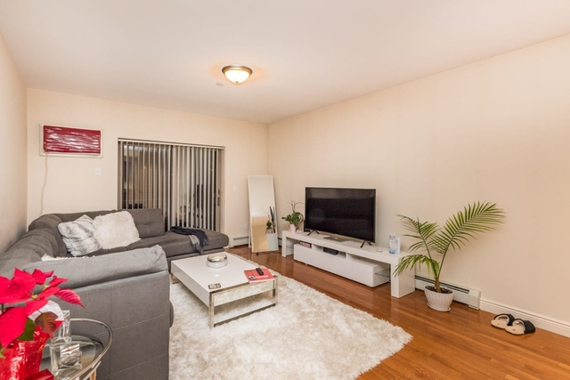 1 Bedroom, Astoria Rental in NYC for $2,350 - Photo 1