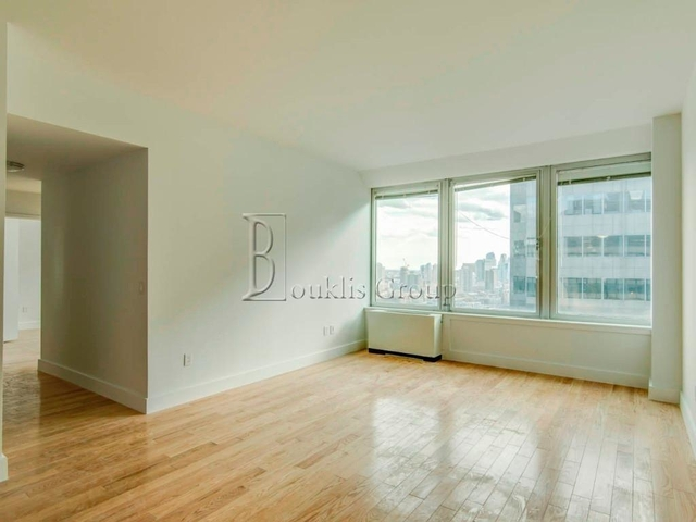 2 Bedrooms, Financial District Rental in NYC for $5,760 - Photo 1