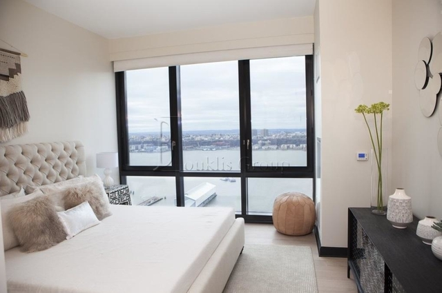 2 Bedrooms, Lincoln Square Rental in NYC for $6,600 - Photo 2