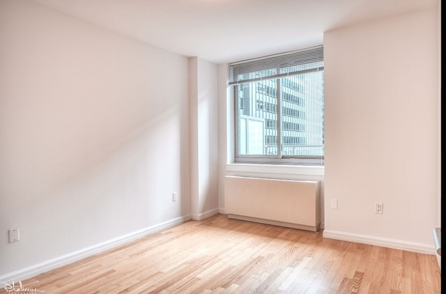 2 Bedrooms, Financial District Rental in NYC for $3,946 - Photo 1
