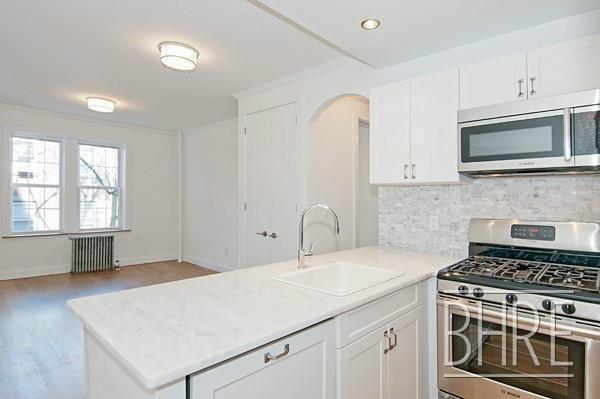 1 Bedroom, Brooklyn Heights Rental in NYC for $3,400 - Photo 2