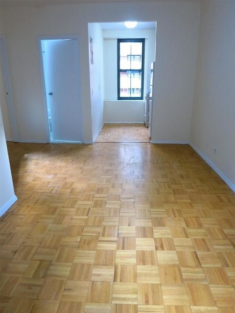 2 Bedrooms, Upper East Side Rental in NYC for $2,795 - Photo 2