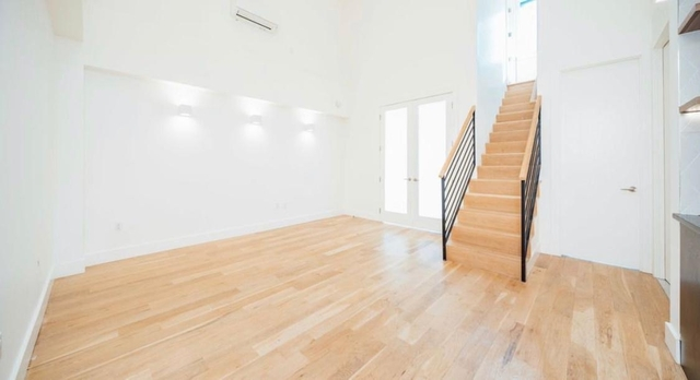 Room, Greenpoint Rental in NYC for $1,400 - Photo 2