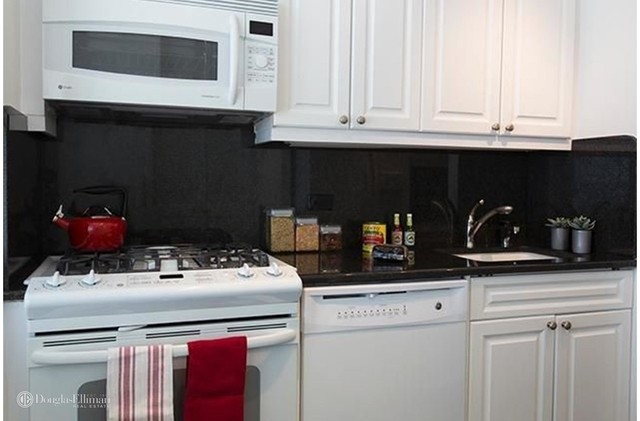 1 Bedroom, Murray Hill Rental in NYC for $4,174 - Photo 2