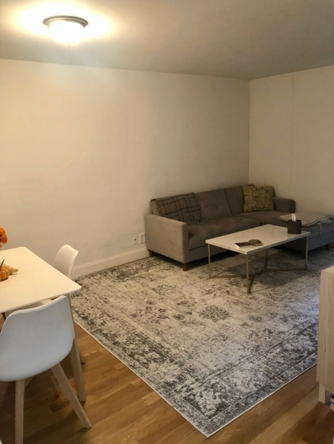 1 Bedroom, Rose Hill Rental in NYC for $3,245 - Photo 2