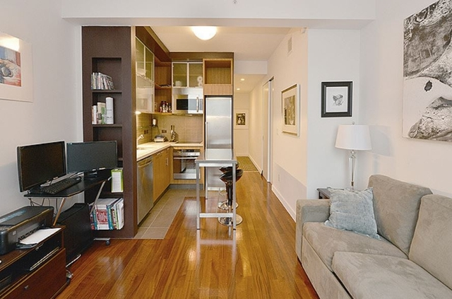 Studio, Hell's Kitchen Rental in NYC for $2,556 - Photo 1