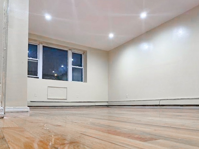 3 Bedrooms, Bedford-Stuyvesant Rental in NYC for $2,538 - Photo 2