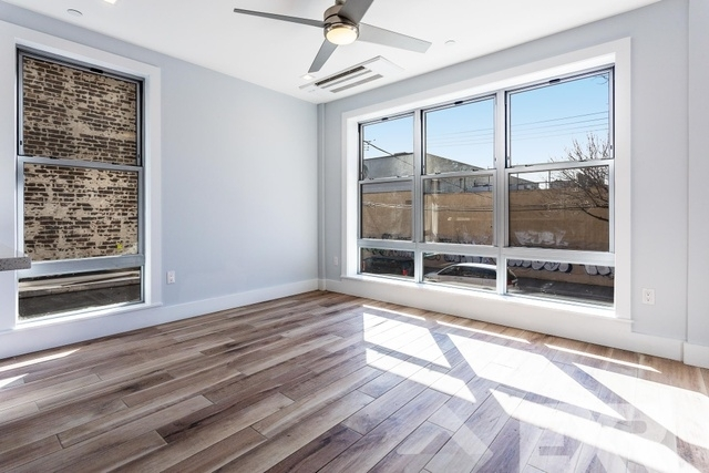 1 Bedroom, Bushwick Rental in NYC for $2,599 - Photo 2