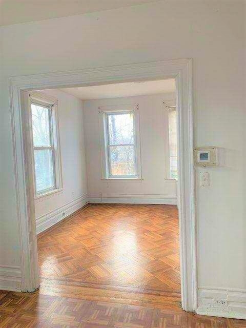 3 Bedrooms, Dyker Heights Rental in NYC for $2,150 - Photo 1