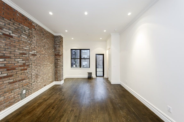 3 Bedrooms, East Village Rental in NYC for $5,583 - Photo 1