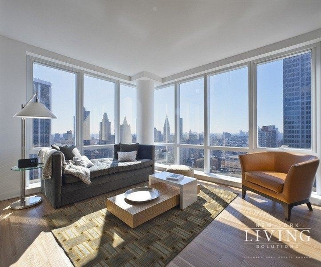 2 Bedrooms, Chelsea Rental in NYC for $10,000 - Photo 2