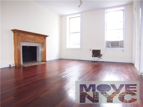 3 Bedrooms, Hell's Kitchen Rental in NYC for $2,375 - Photo 1
