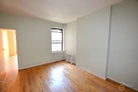 3 Bedrooms, Hell's Kitchen Rental in NYC for $2,900 - Photo 1
