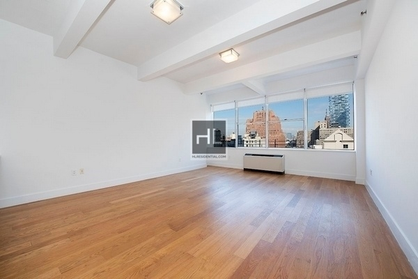 2 Bedrooms, Tribeca Rental in NYC for $6,800 - Photo 2