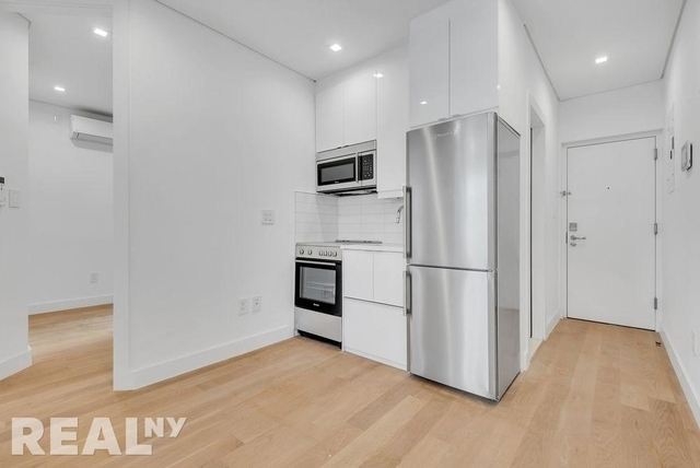 2 Bedrooms, SoHo Rental in NYC for $4,167 - Photo 2