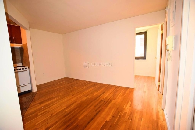 2 Bedrooms, Hell's Kitchen Rental in NYC for $3,267 - Photo 1