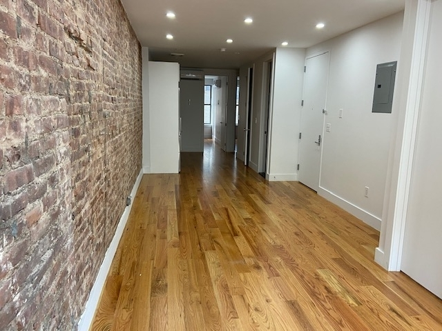 3 Bedrooms, Williamsburg Rental in NYC for $3,495 - Photo 2
