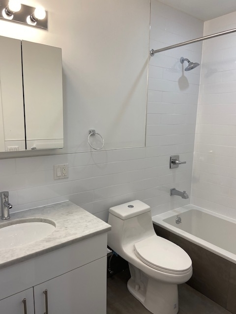 3 Bedrooms, Williamsburg Rental in NYC for $3,495 - Photo 1