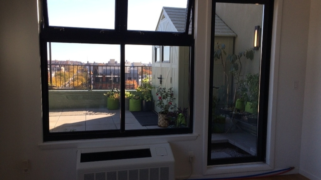 2 Bedrooms, Bushwick Rental in NYC for $3,300 - Photo 2