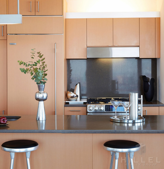 2 Bedrooms, Financial District Rental in NYC for $6,465 - Photo 2