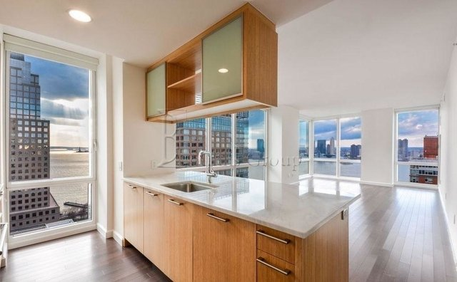 4 Bedrooms, Battery Park City Rental in NYC for $12,200 - Photo 2