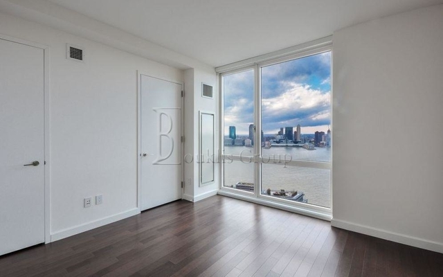4 Bedrooms, Battery Park City Rental in NYC for $12,200 - Photo 1