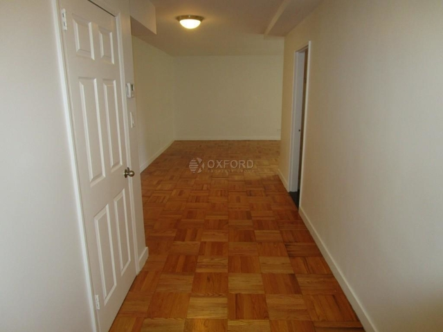3 Bedrooms, Yorkville Rental in NYC for $8,300 - Photo 1