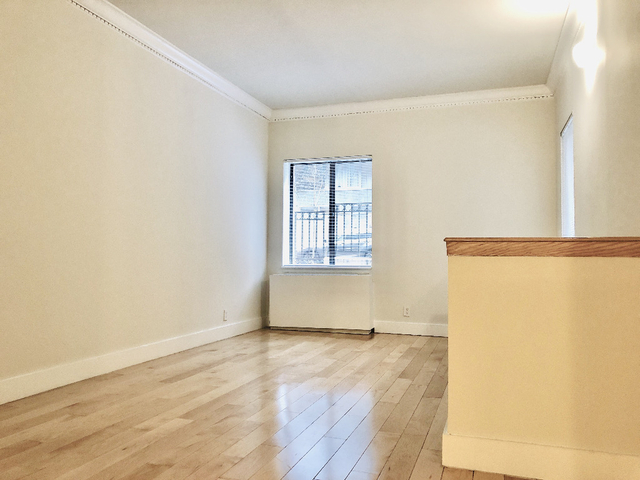 2 Bedrooms, Hell's Kitchen Rental in NYC for $6,699 - Photo 1