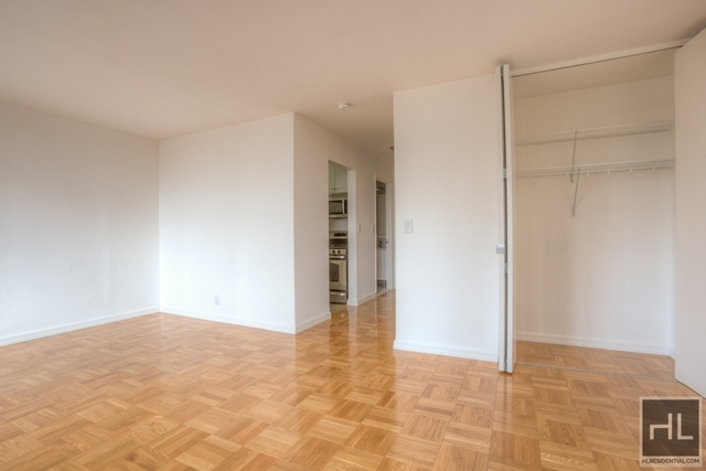Studio, Theater District Rental in NYC for $3,200 - Photo 1