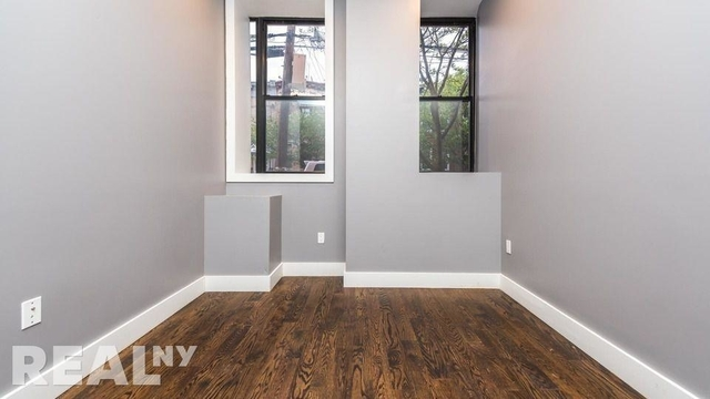 3 Bedrooms, Ridgewood Rental in NYC for $3,200 - Photo 2
