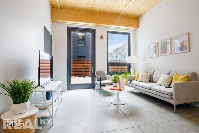3 Bedrooms, Williamsburg Rental in NYC for $5,682 - Photo 1