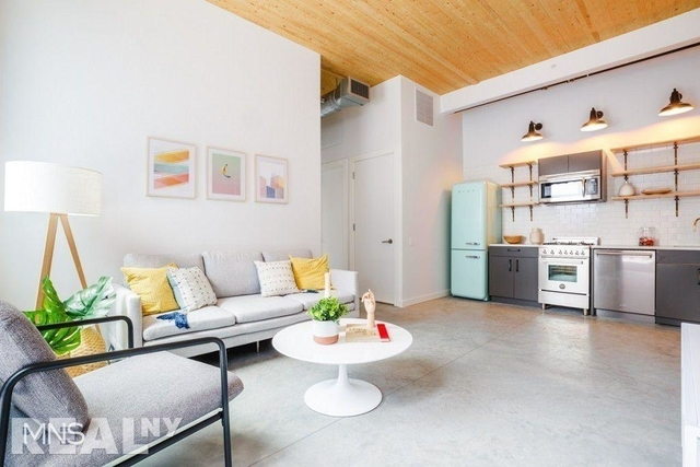 3 Bedrooms, Williamsburg Rental in NYC for $5,682 - Photo 2