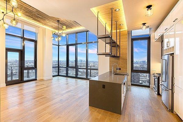 3 Bedrooms, Long Island City Rental in NYC for $6,600 - Photo 1
