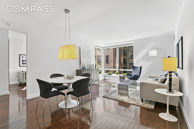 3 Bedrooms, Hell's Kitchen Rental in NYC for $8,500 - Photo 2