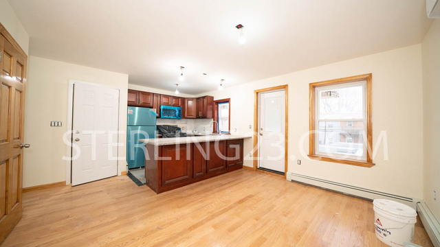 1 Bedroom, Steinway Rental in NYC for $2,500 - Photo 1