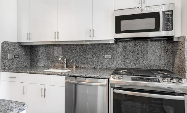 2 Bedrooms, East Harlem Rental in NYC for $3,405 - Photo 2