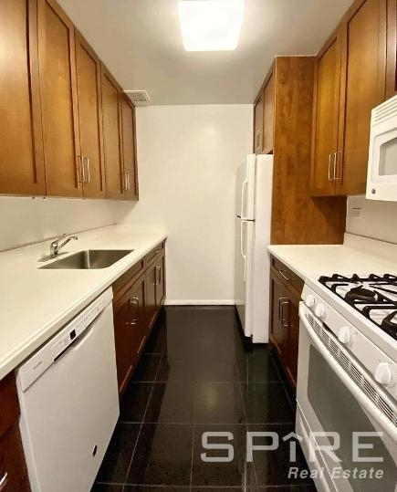 1 Bedroom, East Village Rental in NYC for $3,795 - Photo 2