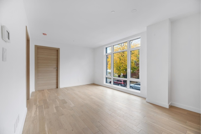 2 Bedrooms, Manhattan Valley Rental in NYC for $4,795 - Photo 2