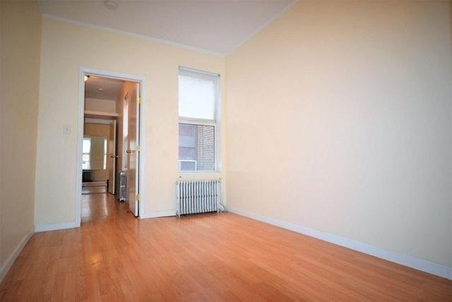 2 Bedrooms, Ridgewood Rental in NYC for $1,950 - Photo 2