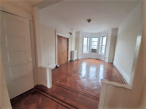 1 Bedroom, Sunset Park Rental in NYC for $2,000 - Photo 1