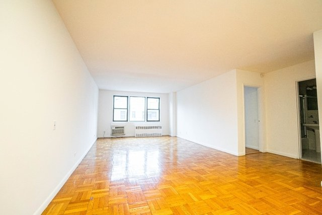 2 Bedrooms, Gramercy Park Rental in NYC for $5,995 - Photo 1