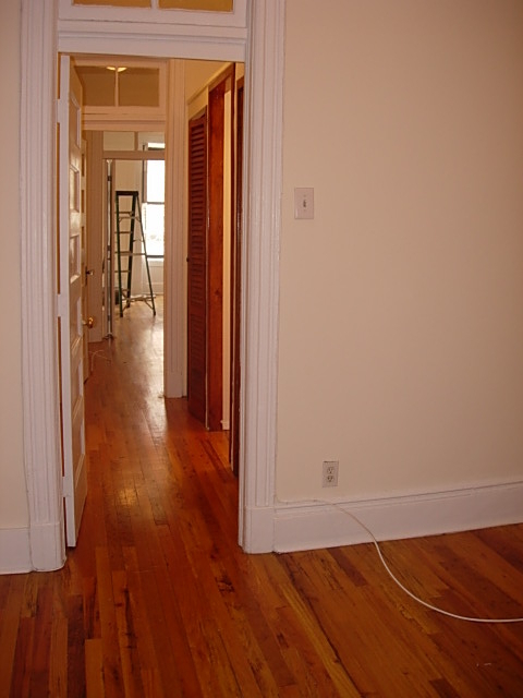2 Bedrooms, Yorkville Rental in NYC for $2,645 - Photo 2