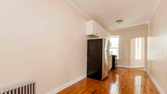 3 Bedrooms, Bedford-Stuyvesant Rental in NYC for $2,658 - Photo 2