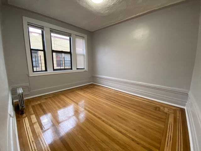2 Bedrooms, Washington Heights Rental in NYC for $2,411 - Photo 1